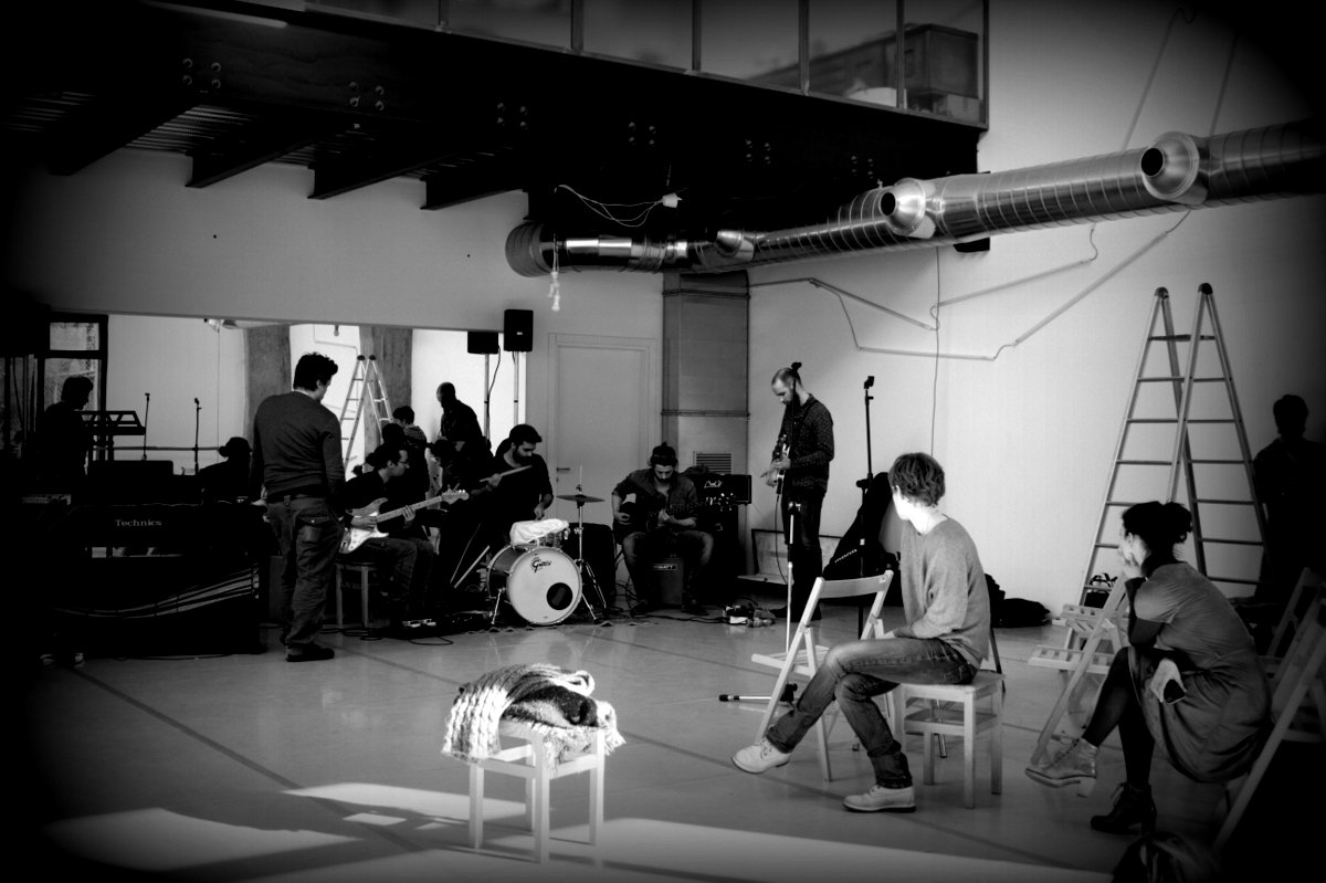 Human Play First - Backstage - MEMORY SLASH VISION studios