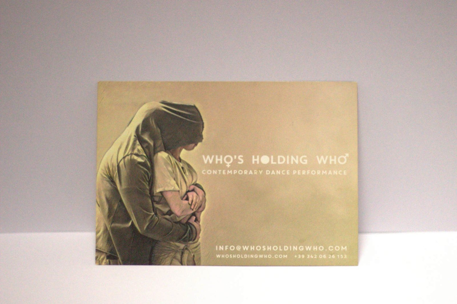 WHO'S HOLDING WHO - CONTEMPORARY DANCE PERFORMANCE - FLYER FRONTE